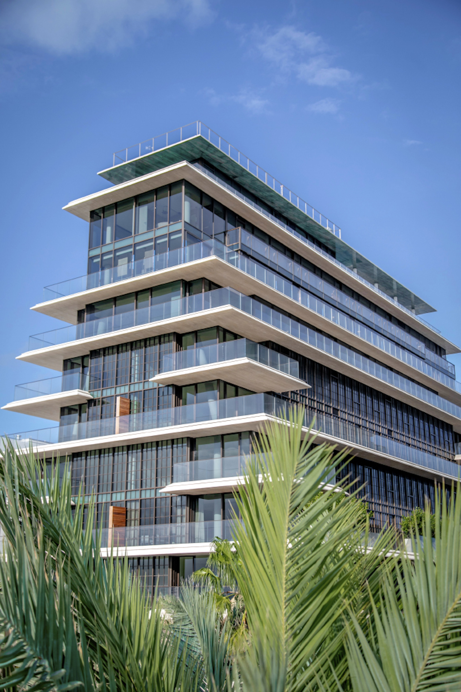 skyview image of Arte Surfside