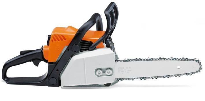 chain saw wood cutter