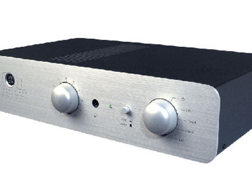 Atoll Electronique PR200 preamp Silver with remote