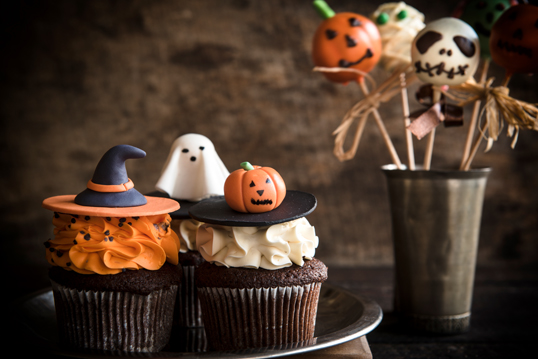 Barcelona - Eight stylish Halloween party decoration ideas