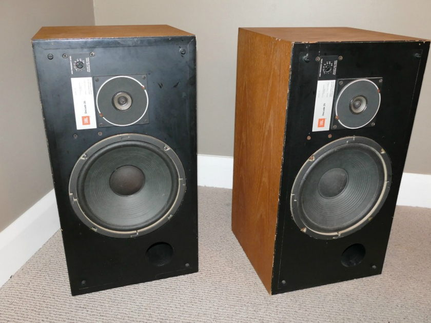 JBL Decade 26 JBL Decade 26 Studio Monitors Speakers