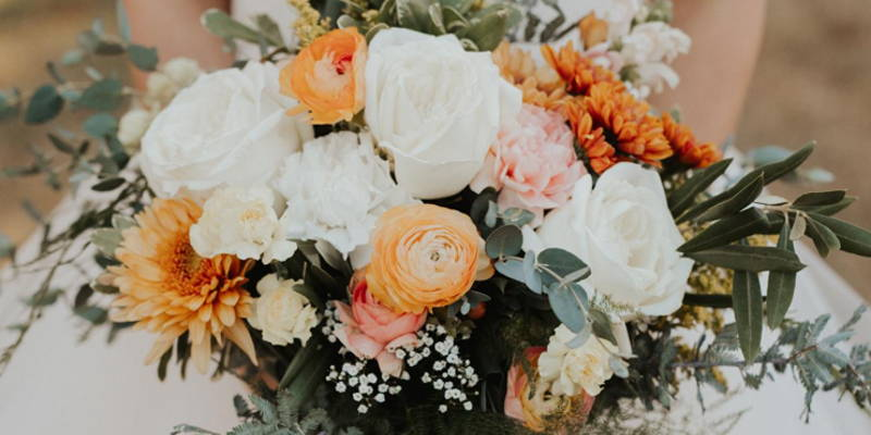 What Symbolic Flower Should Be in Your Bouquet?