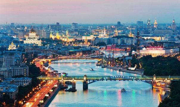 Экскурсия на шпиль Сталинской высотки «Москва на ладони»
