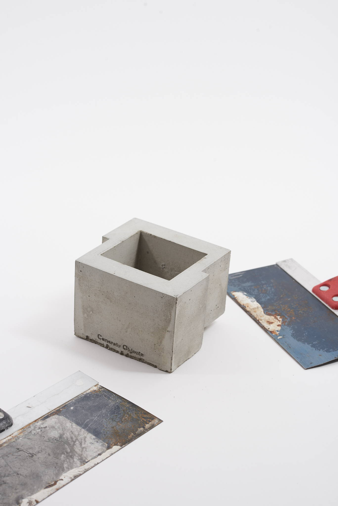 h lorenzo - concrete objects display cup homeware ss18 acw*