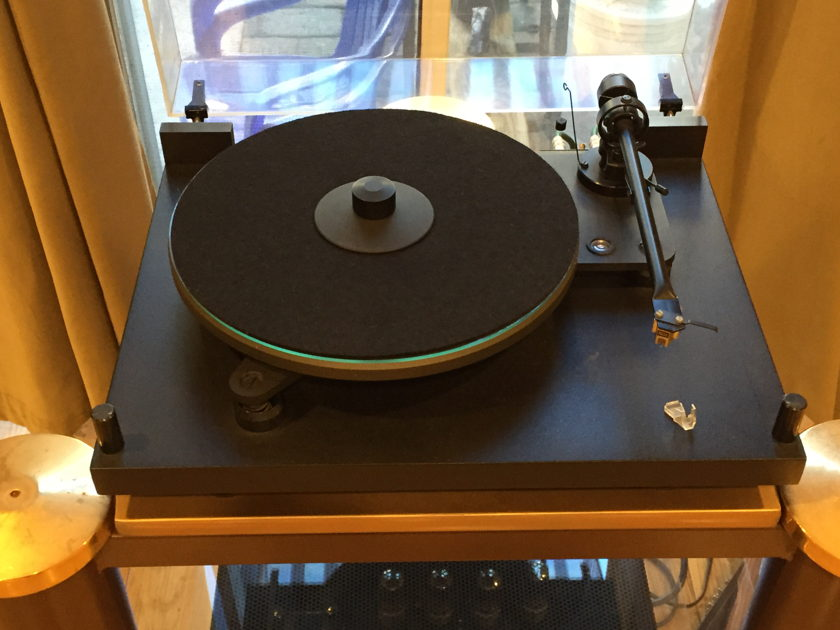 Project Audio 6.1 wtih Benz Micro Silver Cartridge