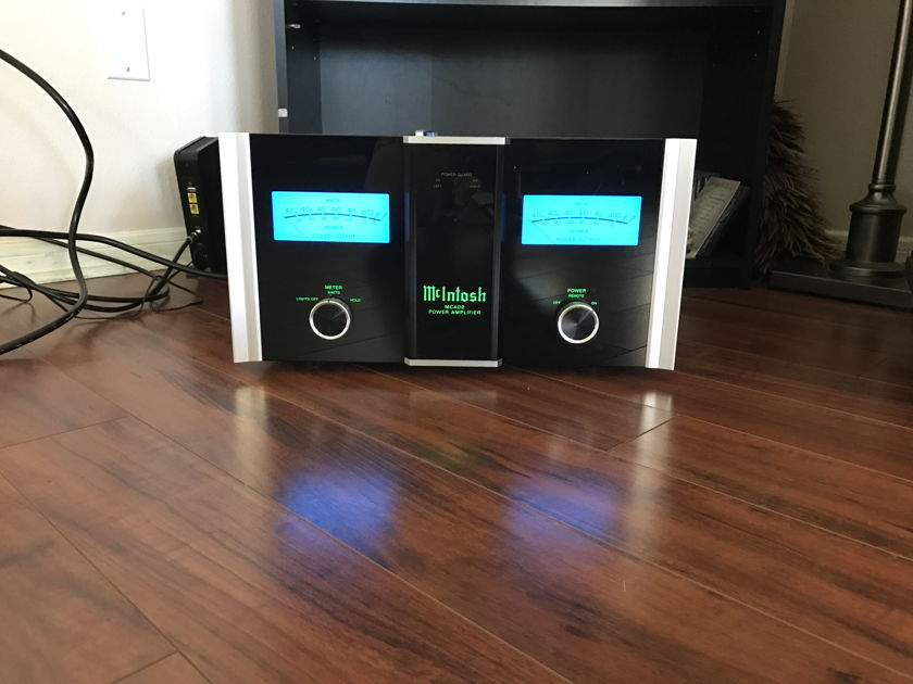 McIntosh 402 power amp