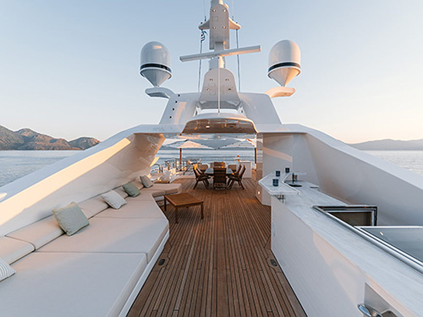 Luxembourg - The Holiday Book: Greece Special encompasses luxury yachts for charter with Engel & Völkers Yachting Europe and premium Holiday Homes for rental with Engel & Völkers Greece. Read the blog post here: