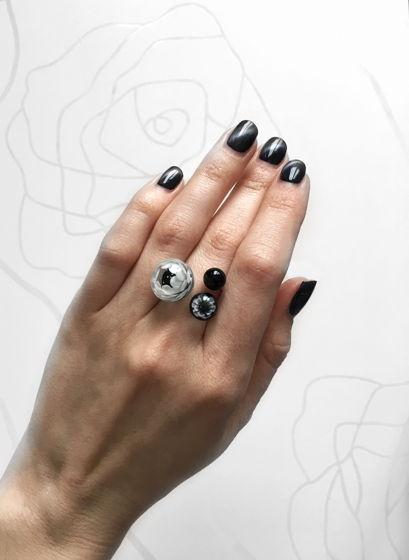 """Кольцо из серебра и муранского стекла """"Монохром"""""""