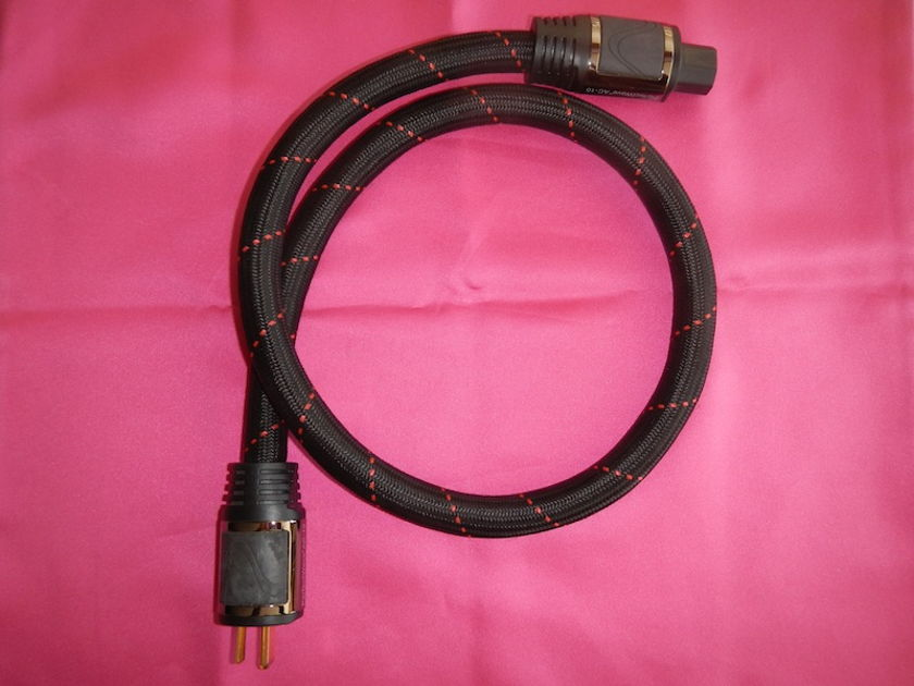 PS Audio  PerfectWave AC10 Cable