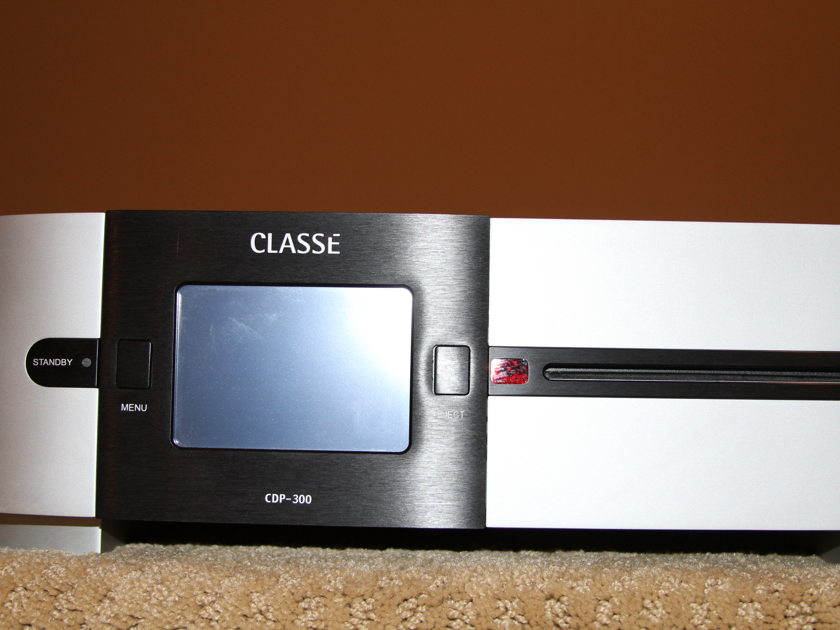 Classe CDP-300 Universal Player
