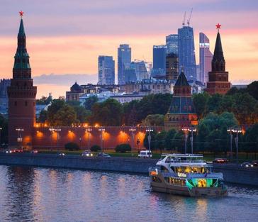 Речная «Московская Гранд прогулка» с живой музыкой, ужином и дискотекой