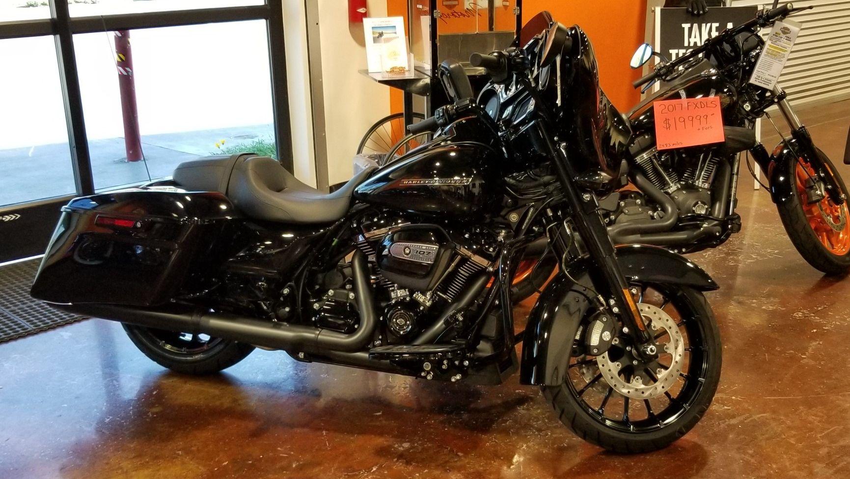 Harley Davidson Street Glide Special For Rent Near Yorba Linda Ca
