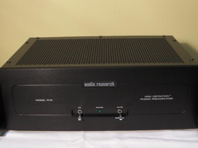 Audio Research  PH-3 High Definition Phono Preamplifier  (Free Ship & PayPal)