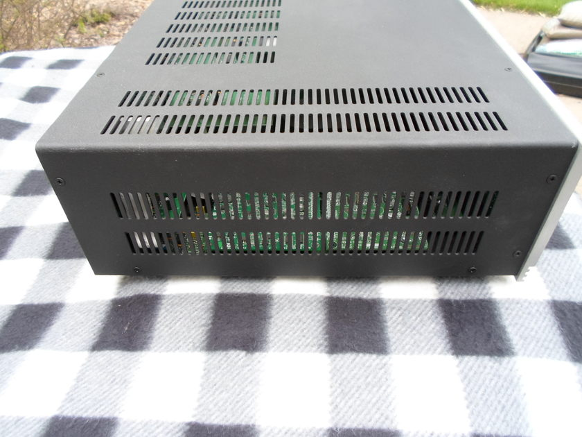 Anthem AVM-30 Processor