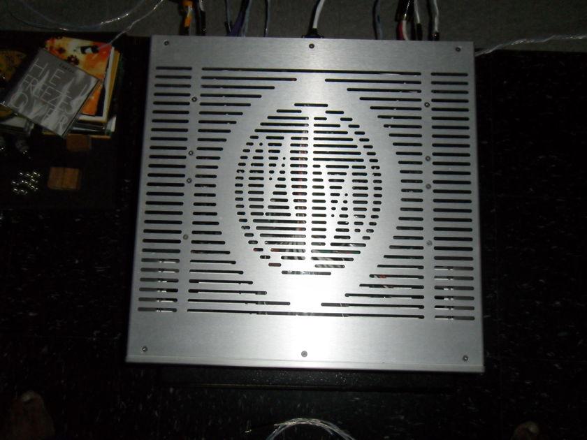 Mod-wright Amp KWA-100 SE. Mint Mint condition.