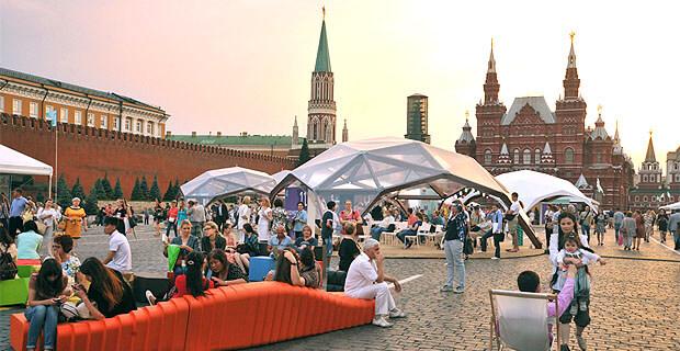 Детское радио приглашает на книжный фестиваль «Красная площадь» - Новости радио OnAir.ru