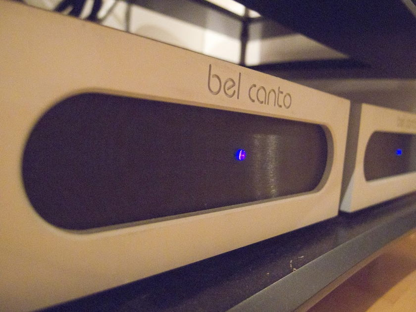 Bel Canto Ref 1000  Mono amplifiers