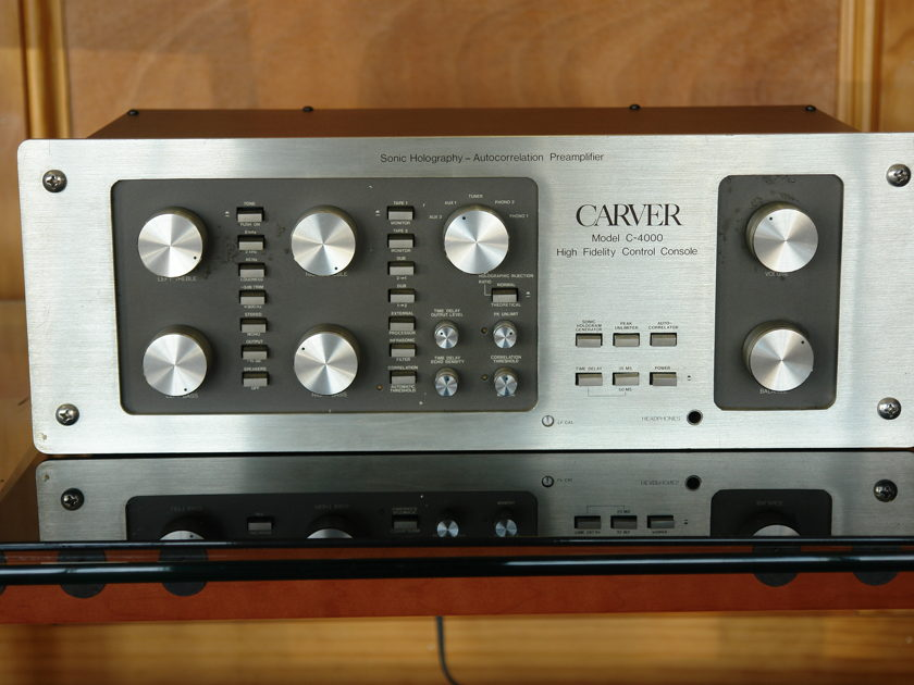 CARVER M4000 SONIC HOLOGRAPHY PREAMP