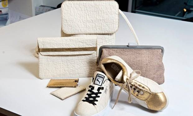 shoe by Camper (gold details), shoe by Puma, brown clutch bag by Ally Capellino, ywo iPhone covers by Carmen Hijosa, Backpack+ iPad cover by Smithmattias.