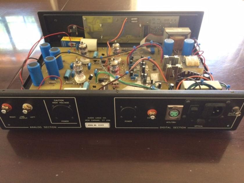 Audio Logic 2400 Tube DAC