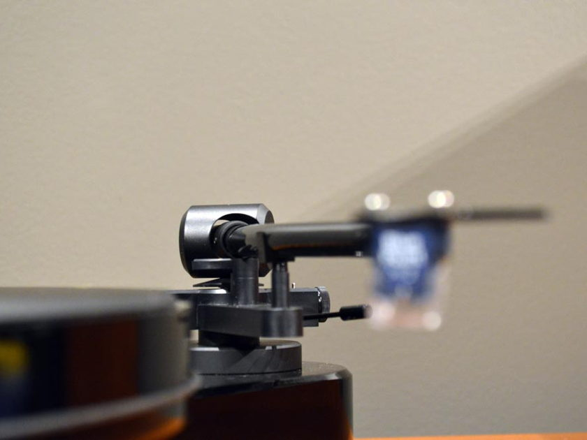 Pro-Ject RPM III Carbon DC - W/ Sumiko Blue Point #2 Installed