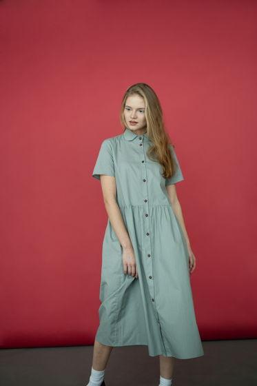 Платье в горошек, с воротничком