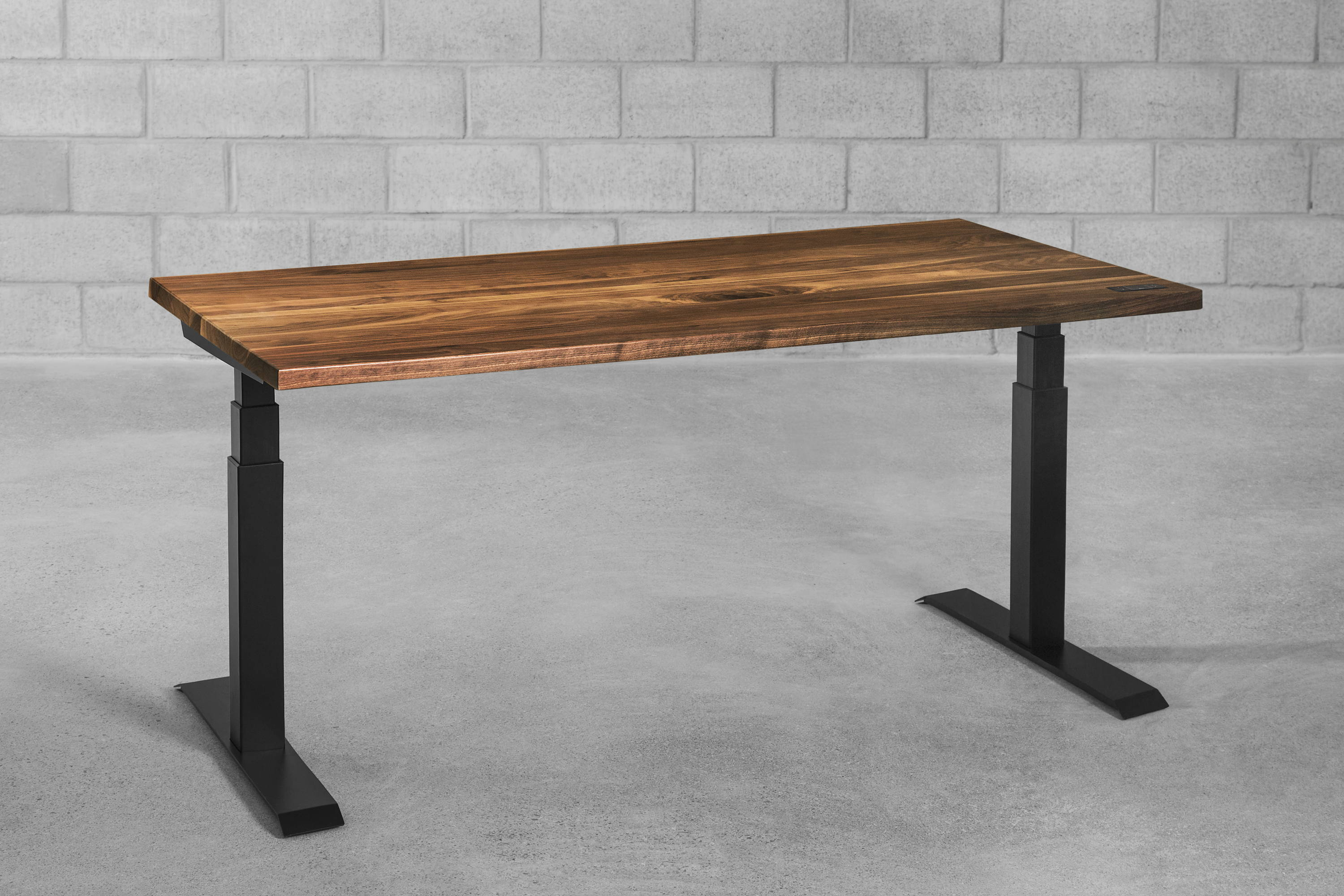 Sway walnut - sit-stand desk - ergonofis