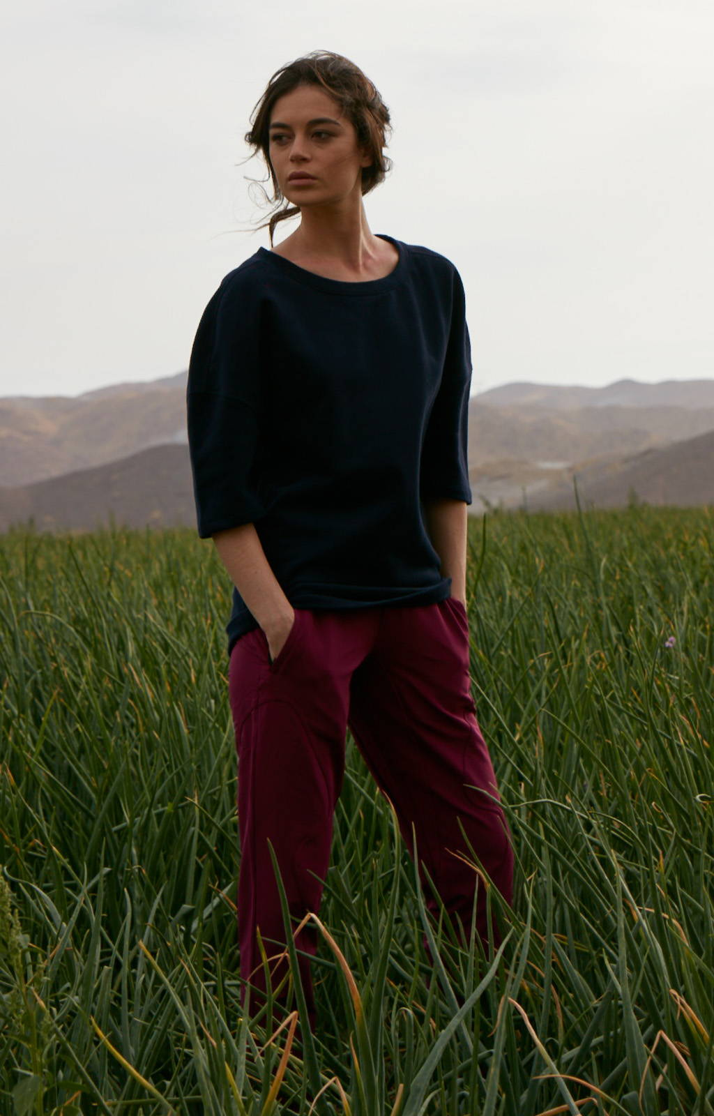 CALM- THE ULTIMATE TRAVELER'S PANT MULBERRY