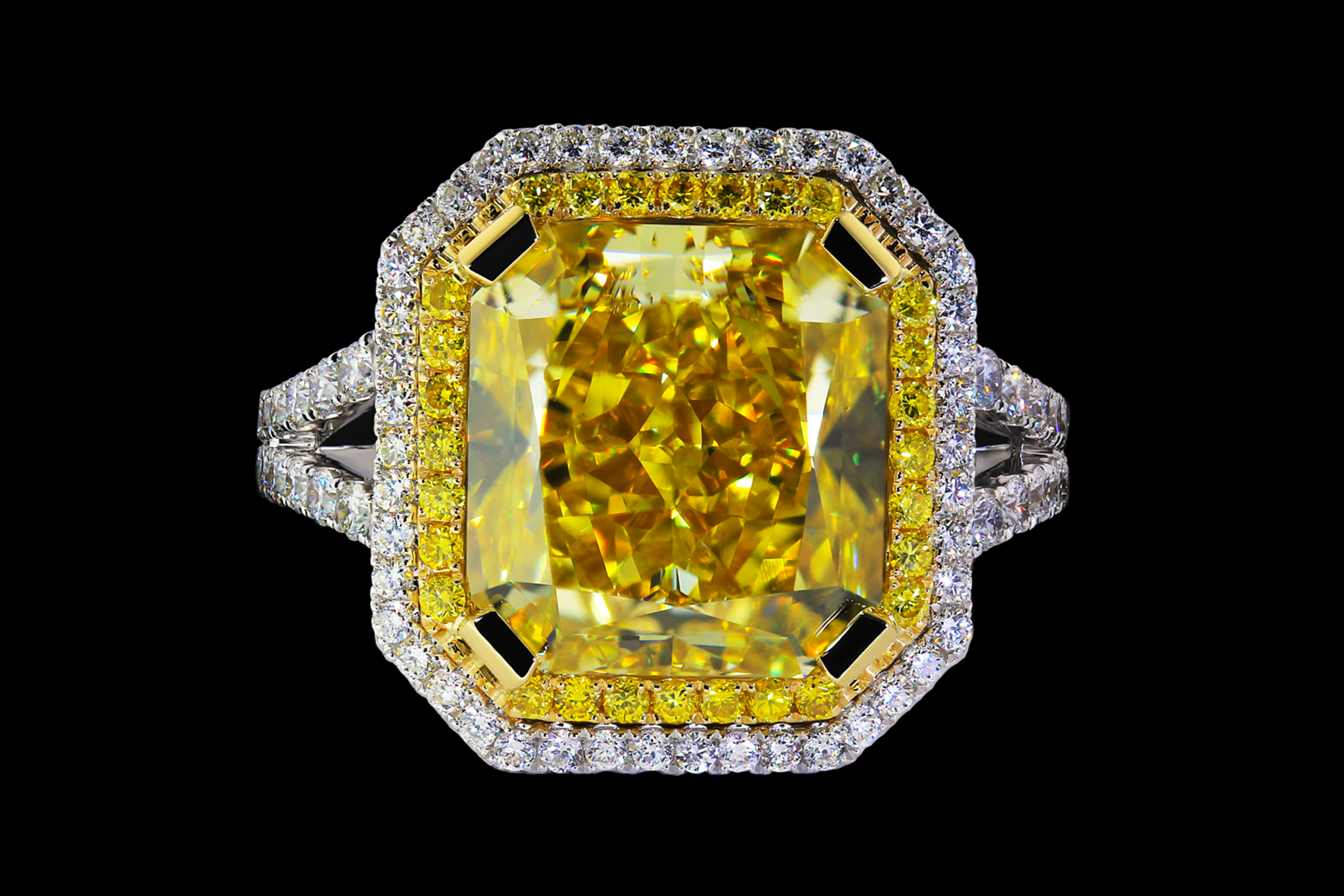 Helios`s Diamond Ring top view