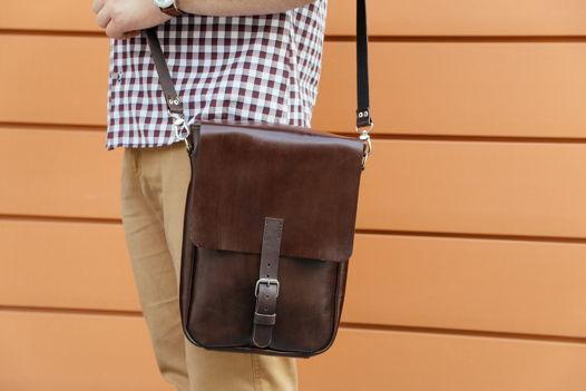 Кожаная коричневая сумка-планшет JET Brown