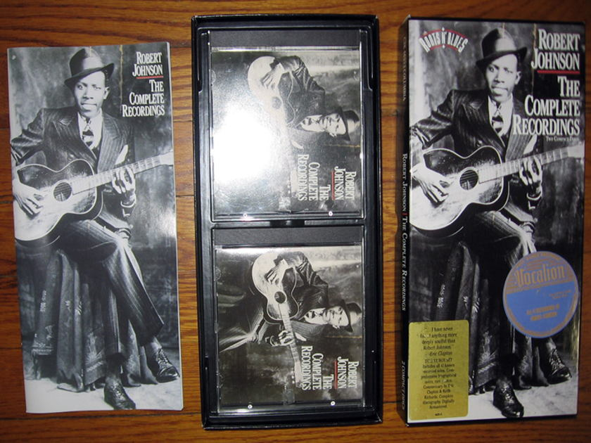 Robert Johnson - Robert Johnson - 2 CD Box Set with Book - 1990 Columbia C2K 46222