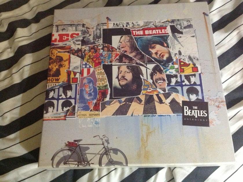 The Beatles - Anthology  Laserdisc Box Set 8 Discs NM