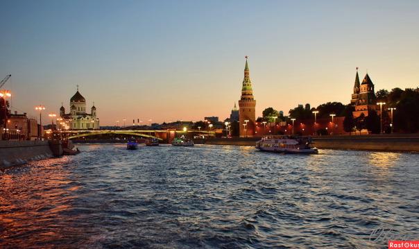 Экскурсия по вечерней Москве (вт, ср, чт, пт в 20:30, сб в 19:30)