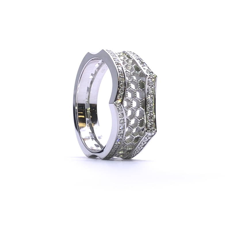 Beehive ring with diamond pavé