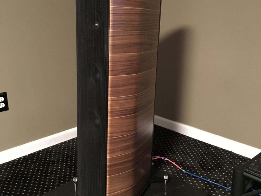 Sonus Faber Olympica III  Low hours, mint, and stunning!