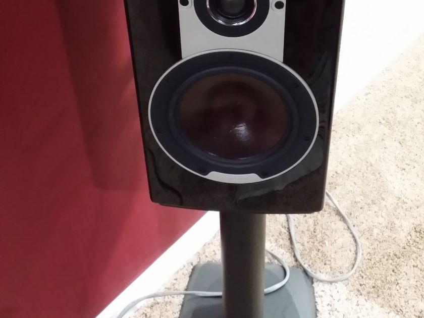 Dali Loudspeakers Epicon 2's Ruby Mascar