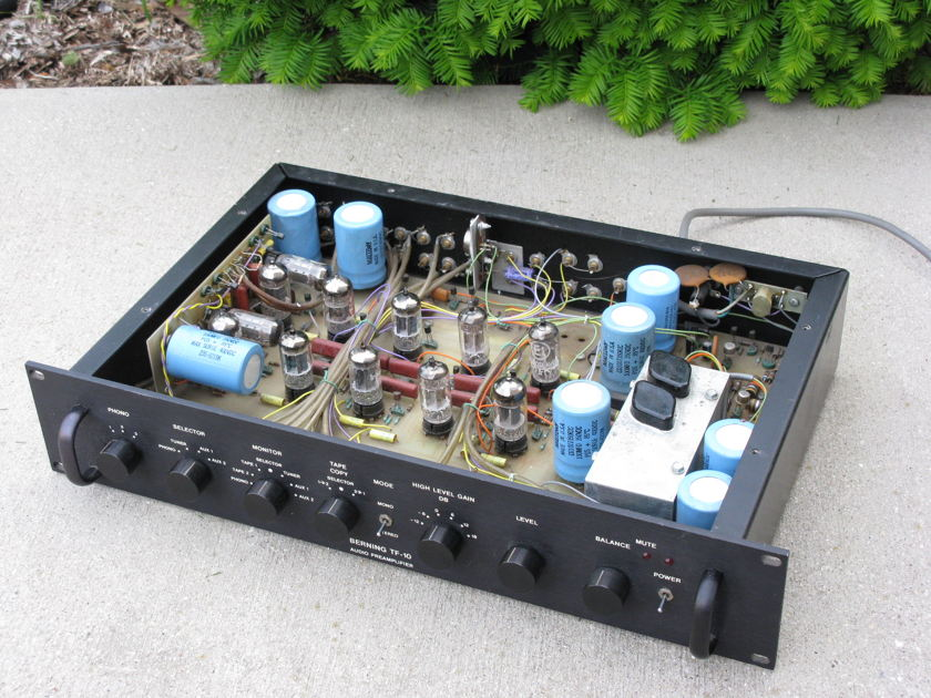 David Berning TF10AH Tube pre amp with MC phono