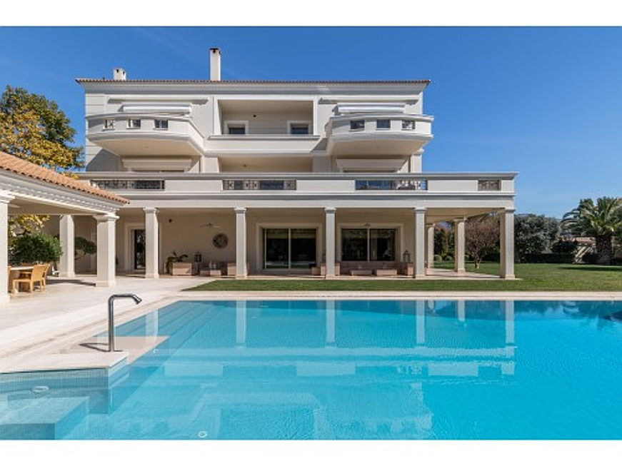 Mriehel - This mansion in Elliniko, along the Athenian Riviera, is currently on sale for 12.5 million euros. It offers nine bedrooms and 16 bathrooms, as well as a swimming pool, a jacuzzi, a sauna and a gym. (Caption: Engel & Völkers Greece)