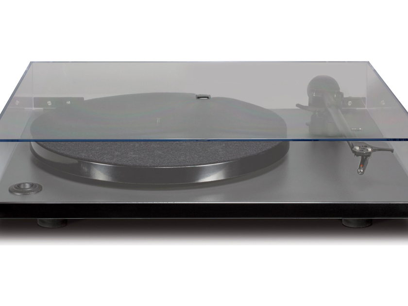 NAD C556 Turntable. New In Factory Sealed Box. Free Shipping.