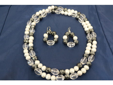 Pearl Necklace & Earrings
