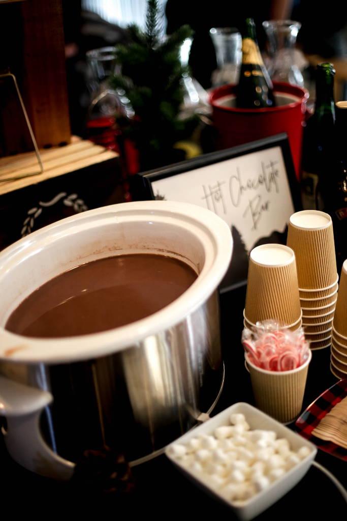 hot chocolate bar, baby bear, baby bear first birthday, designtwentyfive