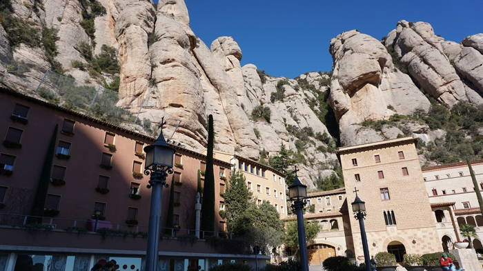 Passaporte com Pimenta - Maytê adicionou foto de Montserrat,Barcelona,Espanha Foto 5