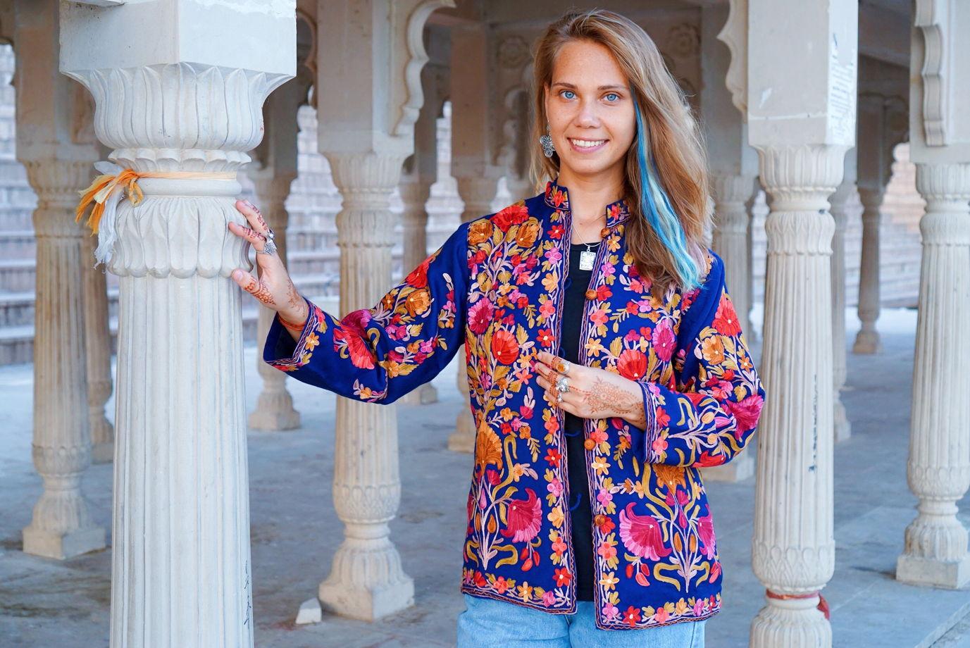 Синий кашмирский жакет с вышивкой