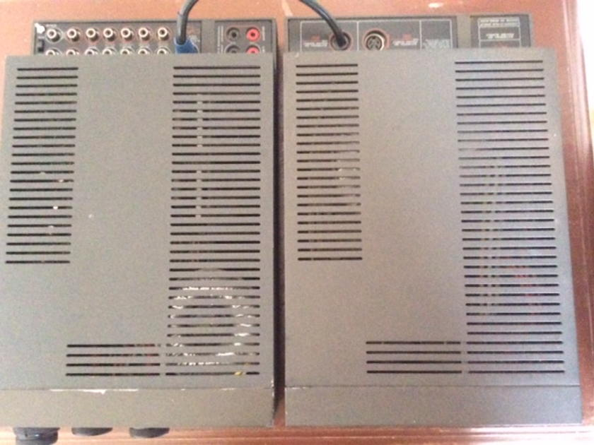 Cyrus two series 3 integrated amplifier with PSX power supply mm & mc phone