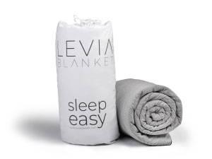 Schwere Decke von LEVIA