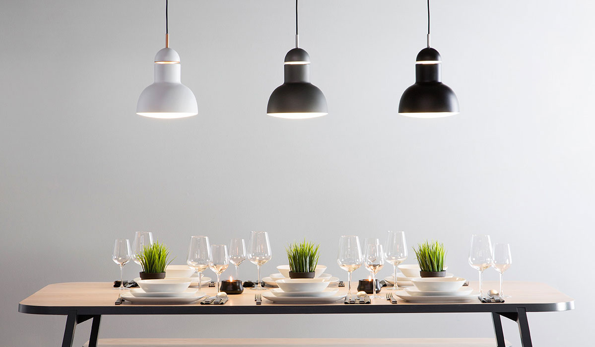 How to light dining room - featuring pendant dining lights