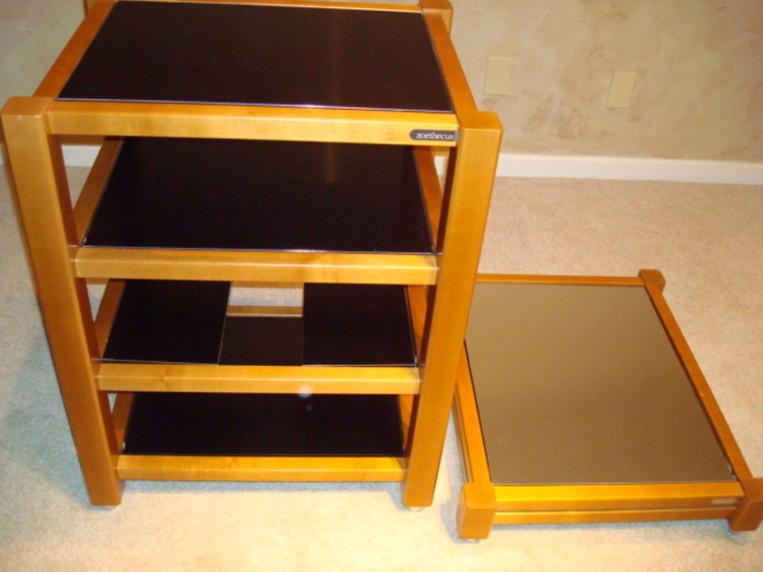 ZOETHECUS MAPLE WOOD AUDIO EQUIPMENT RACK AND AMPLIFIER STAND
