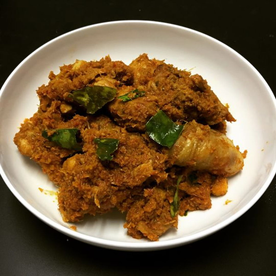 First time I have chicken rendang, not sure if mine's good but I love it