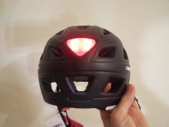casque trottinette electrique lumineux led rouge