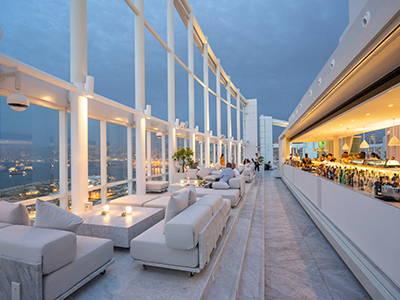 Cordless-Table-Lamps-Four-Seasons-Hotel-Beirut-Lebanon